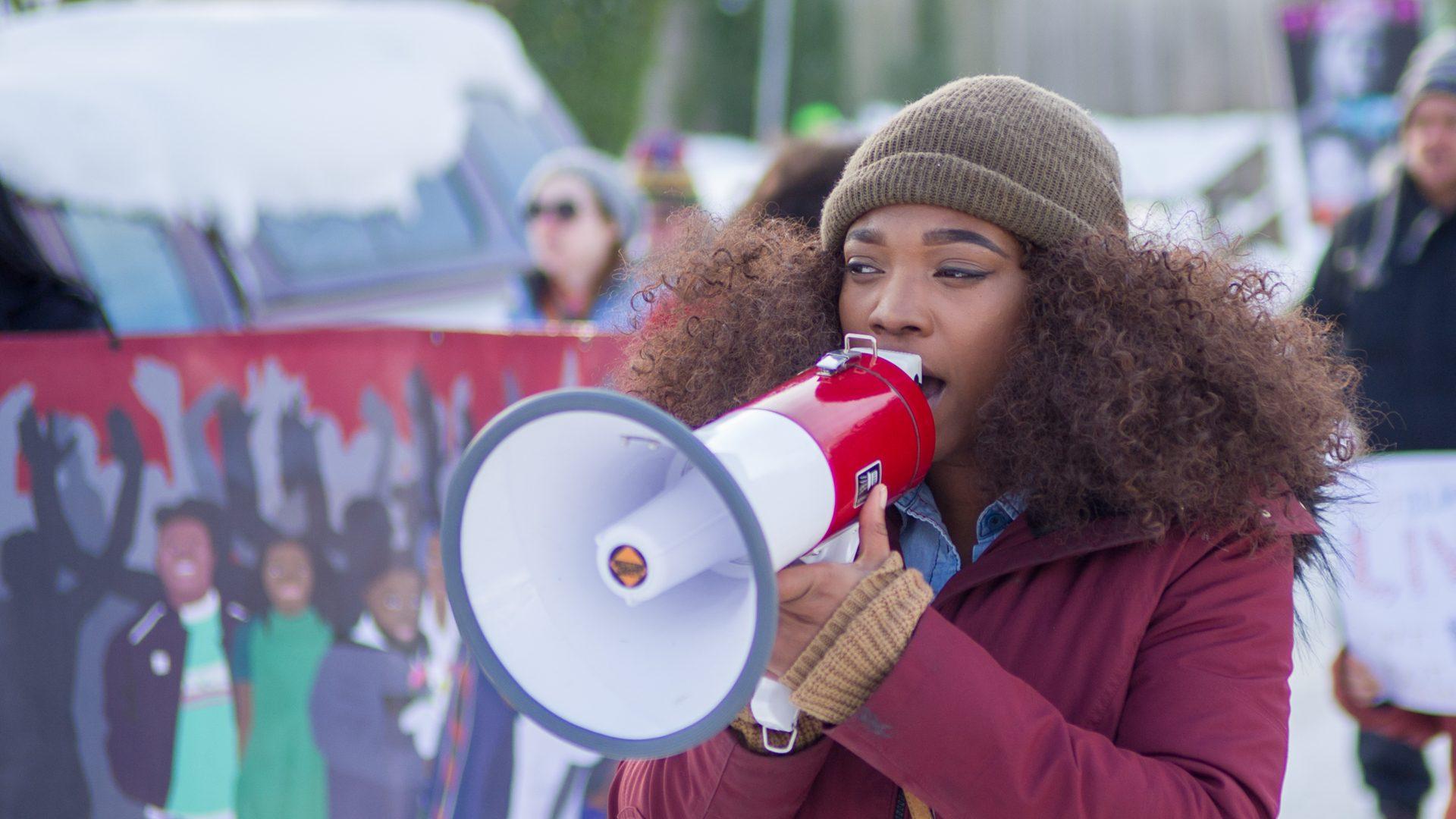 Zurück zum Thema | Black History Month – Für mehr Aufmerksamkeit | detektor.fm – Das Podcast-Radio