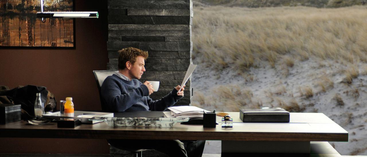 "Ewan McGregor in ""Der Ghostwriter. Bild: Studiocanal gmbh / Amazon Prime"