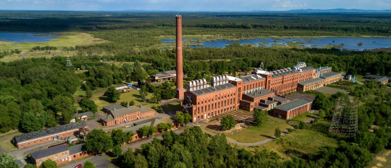 Die ehemalige Brikettfabrik im Lausitzer Seenland. Foto: Energiefabrik Knappenrode / Axel Heimken