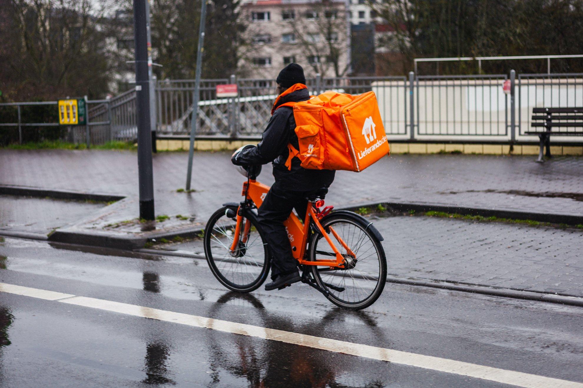 Zurück zum Thema | Gewerkschaften und Lieferdienste – Wie können sich Rider organisieren? | detektor.fm – Das Podcast-Radio