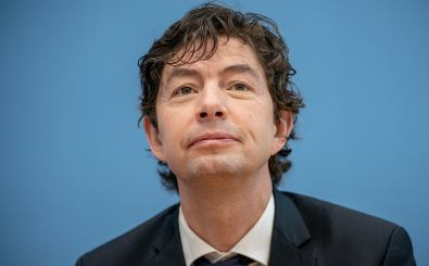 German virologist and Director of the Institute for Virology at Berlin's Charite University Hospital Christian Drosten speaks during a news conference in Berlin, Germany, on January 22, 2021, amid the novel coronavirus (Covid-19) pandemic. (Photo by Michael Kappeler / POOL / AFP)