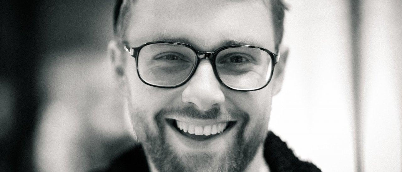 Slam Poet Lars Ruppel ergründet in der fünften Staffel der RadioPoeten die Motive des Heuchelheimer Kotlegers, der 2016 in der hessischen Gemeinde sein Unwesen trieb.