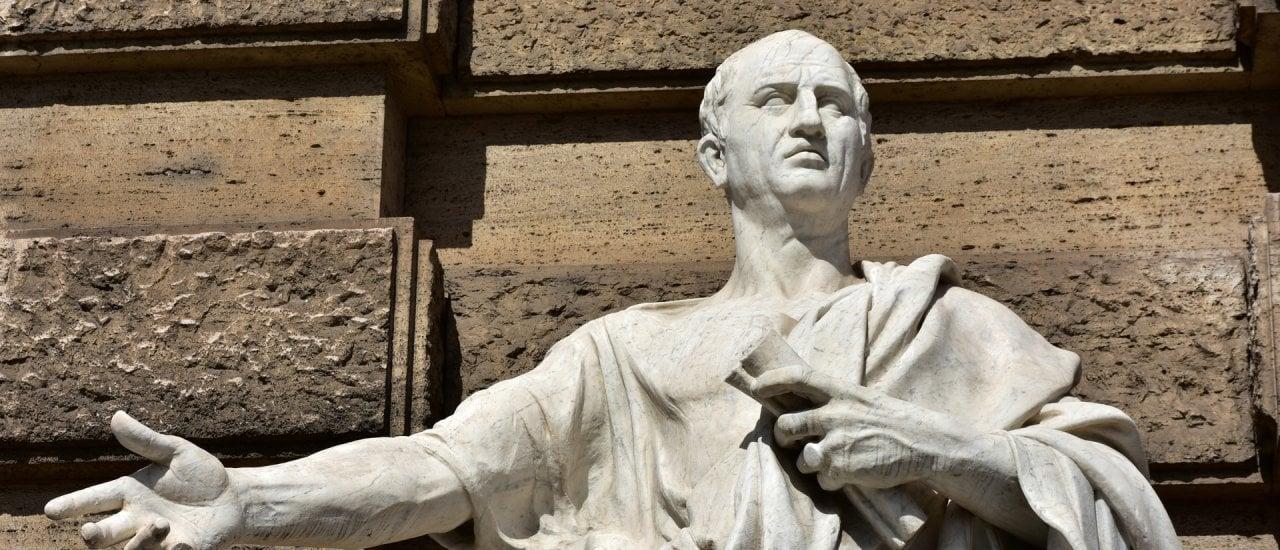 Cicero-Statue vor dem Justizpalast in Rom. Foto: Cris Foto/shutterstock